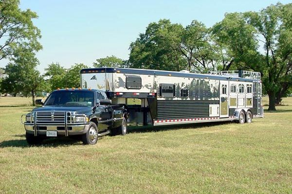 Ranch 99 Near Me >> Horse Trailers with Living Quarters | ... Pulls | Gooseneck Trailers | Livestock Trailers ...