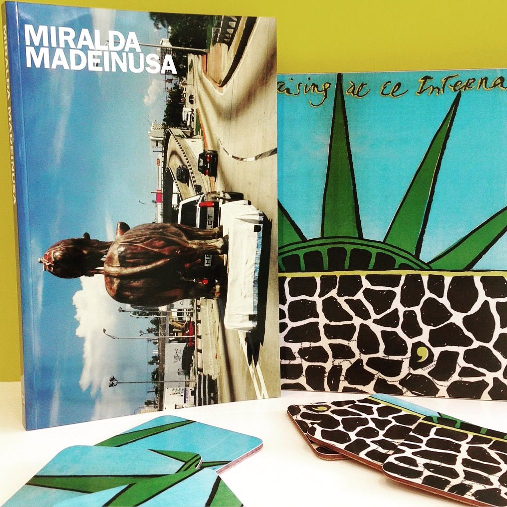 Catàleg de l'exposició MIRALDA Madeinusa, que es va celebrar a MACBA del 22 d'octubre de 2016 fins a març de 2017, on es va presentar la totalitat dels projectes de l'artista vinculats als Estats Units ENG ⏩ Catalog of the MIRALDA MADEINUSA exhibition, held at MACBA from October 22, 2016 until March 2017, where all the artist's projects related in the United States were presented