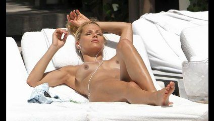 michelle hunziker hot sexy nuda