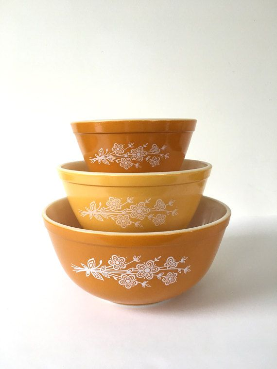 Pyrex Butterfly Gold Mixing Bowls Pyrex by AgesPastVintage on Etsy