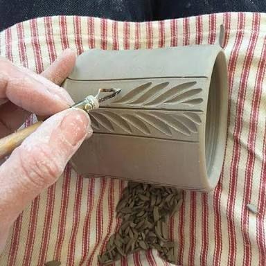Resultado de imagen para pottery ideas for beginners #mugart