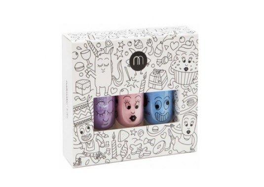 <P>Veilige nagellak voor kinderen op waterbasis, verdwijnt met warm water en zeep, 19,90 euro bij www.rewinddesign.be</P>