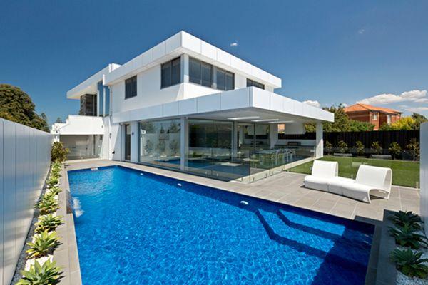 12 metre long wedge shape swimming pool in Altona designed