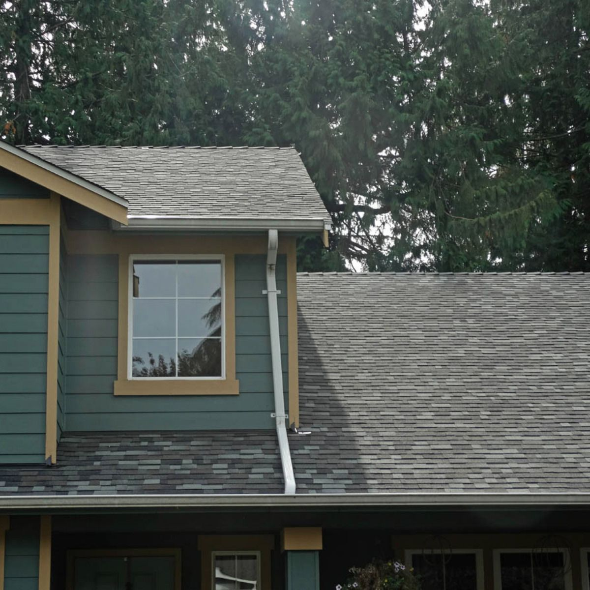 Roofing Contractor Local Roofing Certified Roofers Residential Roofing With Images Roofing Residential Roofing Roof Repair