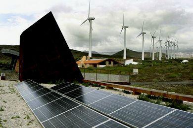 Acuerdan Elaborar Una Norma Para Reconocer La Singularidad De Las Energias Renovables De Canarias Http Quenergia Com Energ Energia Renovable Energia Singular