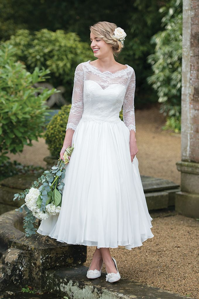 Vintage 50\'s style wedding dresses are a fab choice for any Garden ...