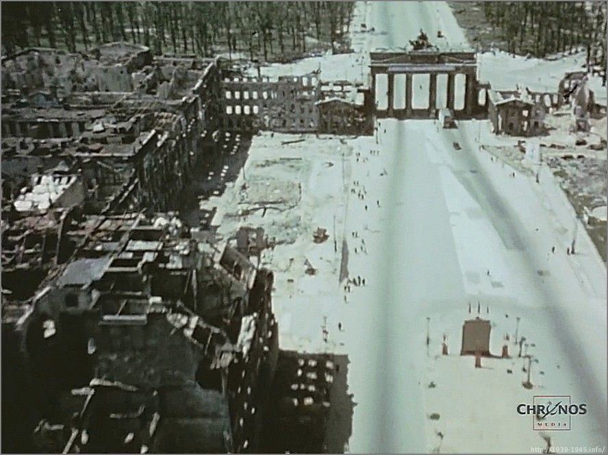 Brandenburgskie Vorota Parizhskaya Ploshad Snimok S Borta Samolyota Iyul 1945 G Berlin Brandenburger Tor Berlin Erster Weltkrieg