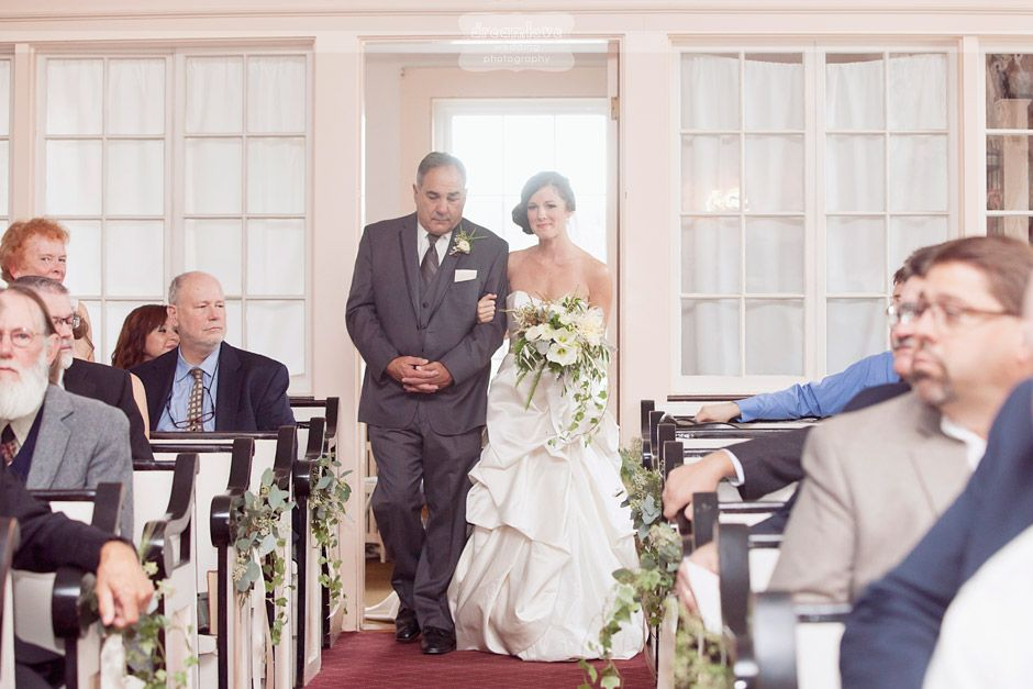 Here are a few of our favorite pictures from a recent outdoor wedding at Church's Landing on Lake Winnipesaukee in Meredith, NH during Autumn! Emily Herzig Floral Studio