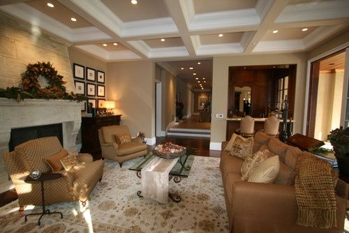Show me pictures of bedrooms with kilim beige wall - Beige paint colors for living room ...