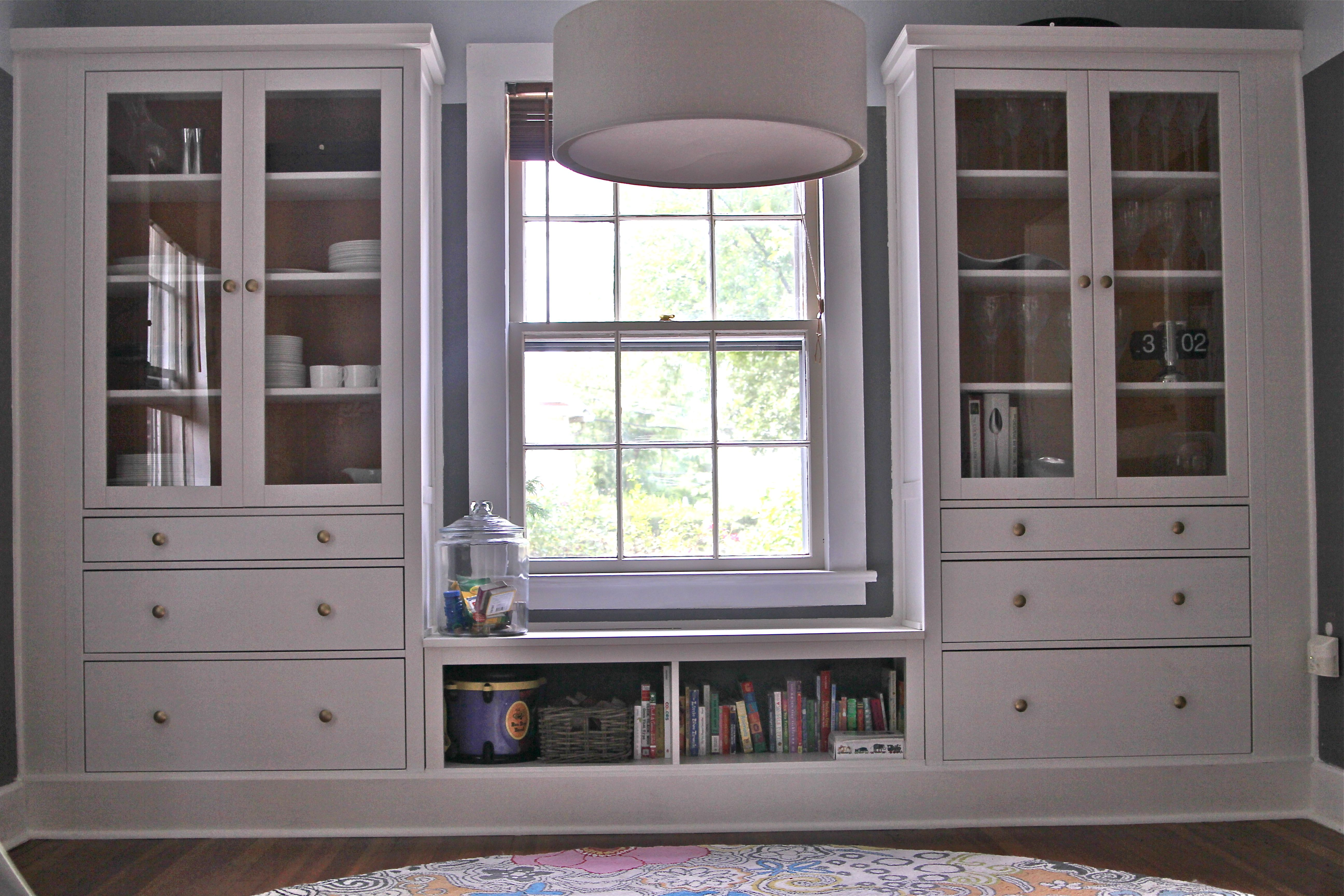 Charmant Ikea Hemnes Hack   Dining Room Built Ins Using Hemnes Cabinets And  Extension Piece As Window Seat / Bookshelf. Added Mouldings, Painted Back  Panel, ...