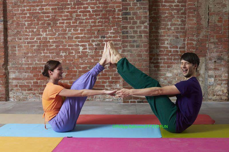 Paar-Yoga - neue Spannung für die und ihn | Yoga/Fitness ...