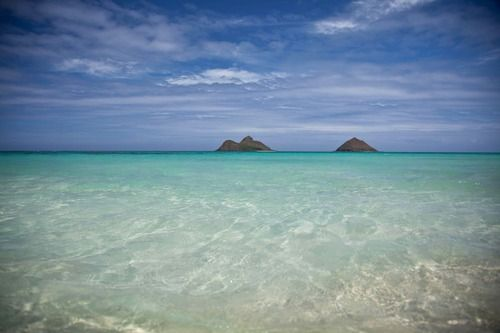 *Sigh* Even with a hurricane, I wish I were back in Hawaii today.  Lanikai beach on Oahu.