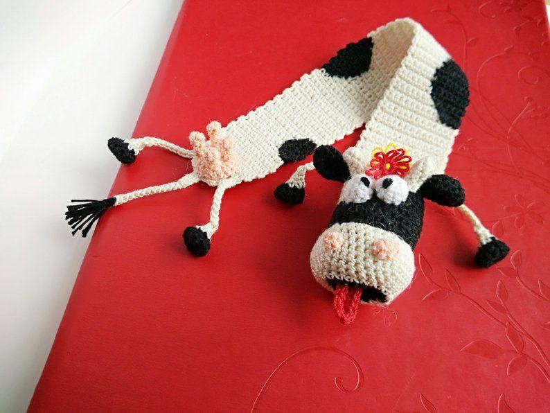 Häkeln Lesezeichen, Lesezeichen Kuh, lustige Geschenke, gestrickte Lesezeichen Kuh, süßes Geschenk, gestrickte Kuh, Lesezeichen, Geschenk
