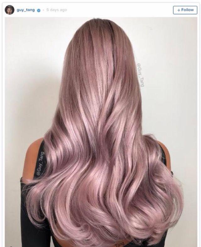 Schwarze haarfarbe farbt ab