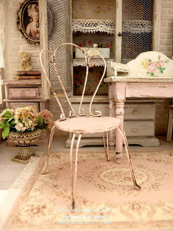 Shabby pink, Miniature Romantic doll chair in metal and cardboard ...