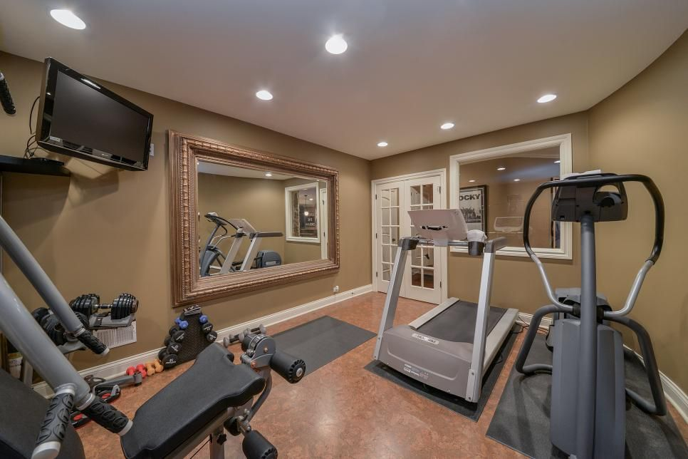 Fine Home Gym With Large Traditional Thick Frame Mirror Download Free Architecture Designs Rallybritishbridgeorg