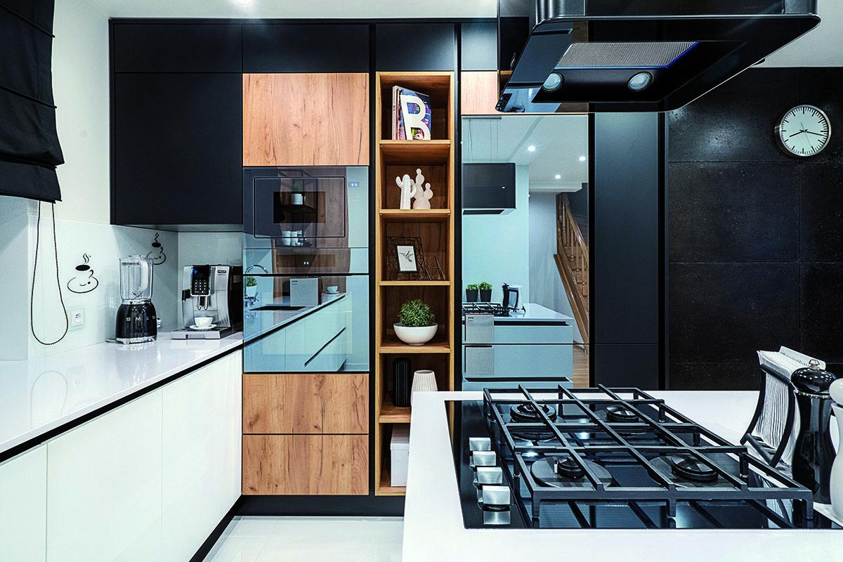 Nowoczesna Kuchnia Z Obszernym Blatem Inspiracja Homesquare Kitchen Furniture Design Kitchen Design Home Decor