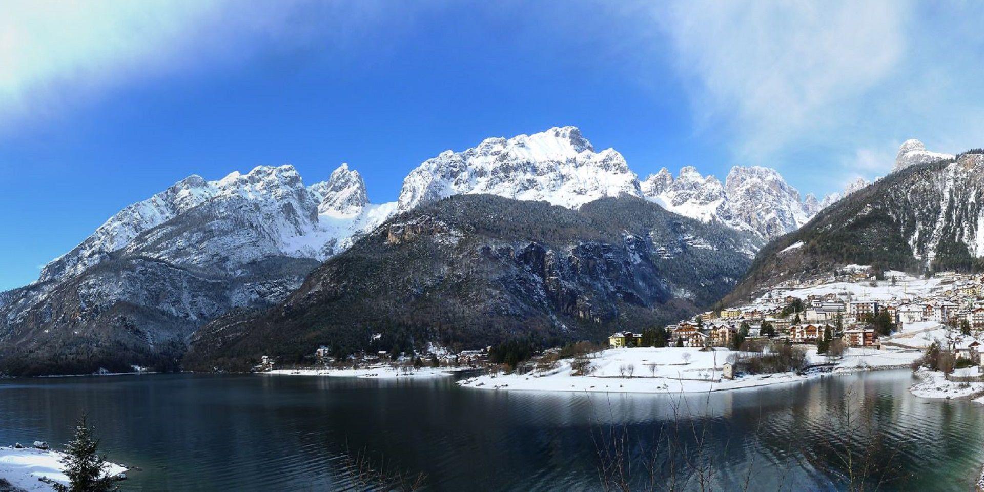 Camping Spiaggia Lago Di Molveno In Trentino Fra Il Lago Di Molveno