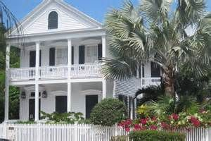 Here is a nice looking Key West home.