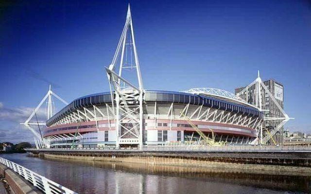 Finale di Champions 2017 a Cardiff. L'ultimo atto di Europa League a Stoccolma La finale di Champions del 2017 si giocherà al Millenium Stadium di Cardiff, in Galles, il 3 giugno. Due giorni prima si giocherà quella di Champions femminile. Lo ha deciso il comitato esecutivo del #finale #championsleague #cardiff