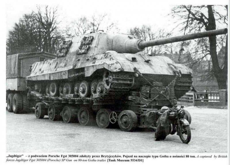 German - Nibelungenwerk Sd Kfz 186 Jagdtiger (Hunting Tiger) WW II, Tank Destoyer – Crew: 6 – Armament: 1 x 128mm PaK 44 L.55 and 1 x 7.62mm Machine Gun - 88 Built (1)