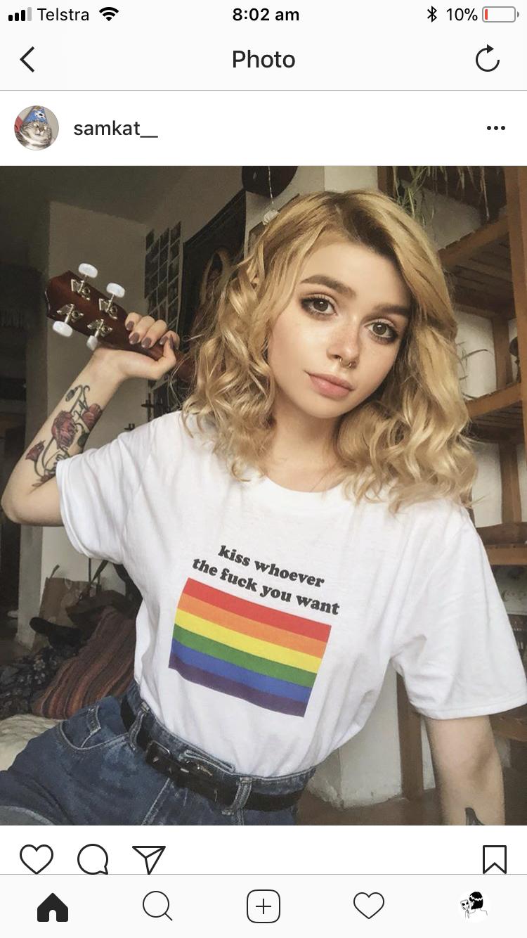 Plumper lesbian sex butt