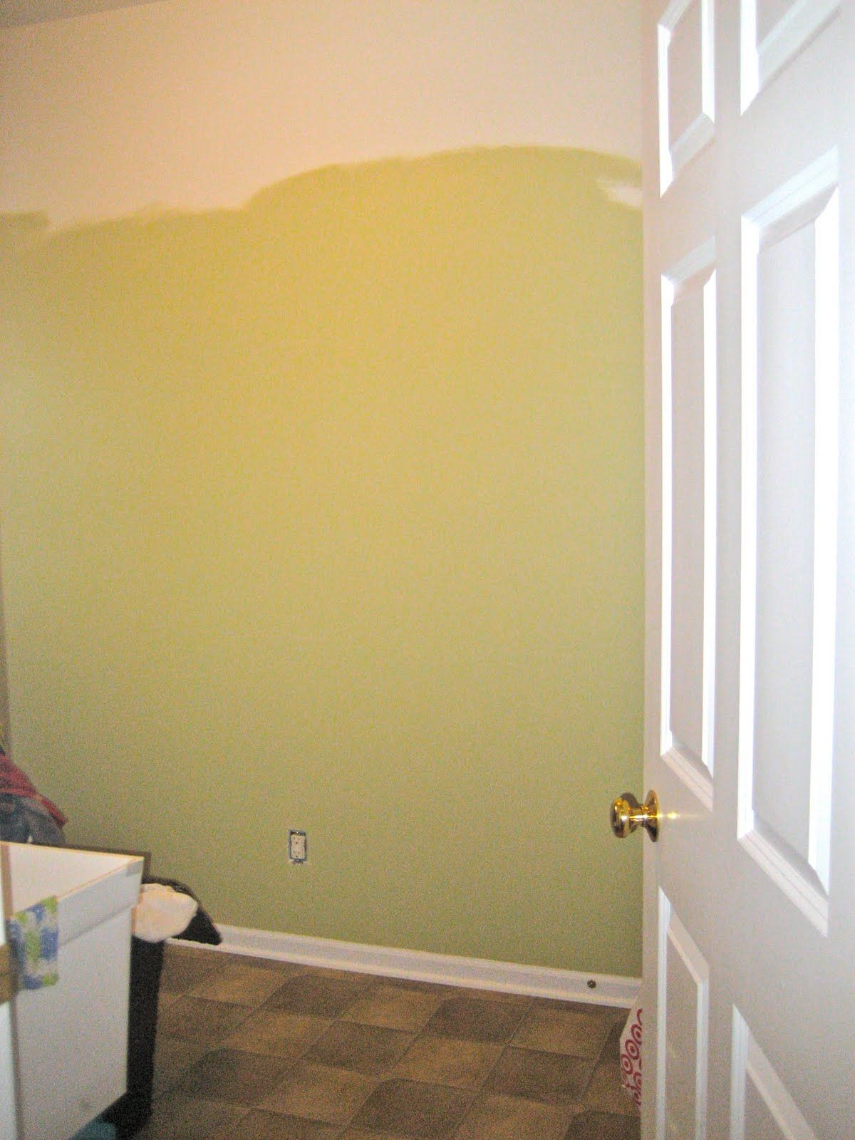 Paint Color Benjamin Moore Dried Parsley 522