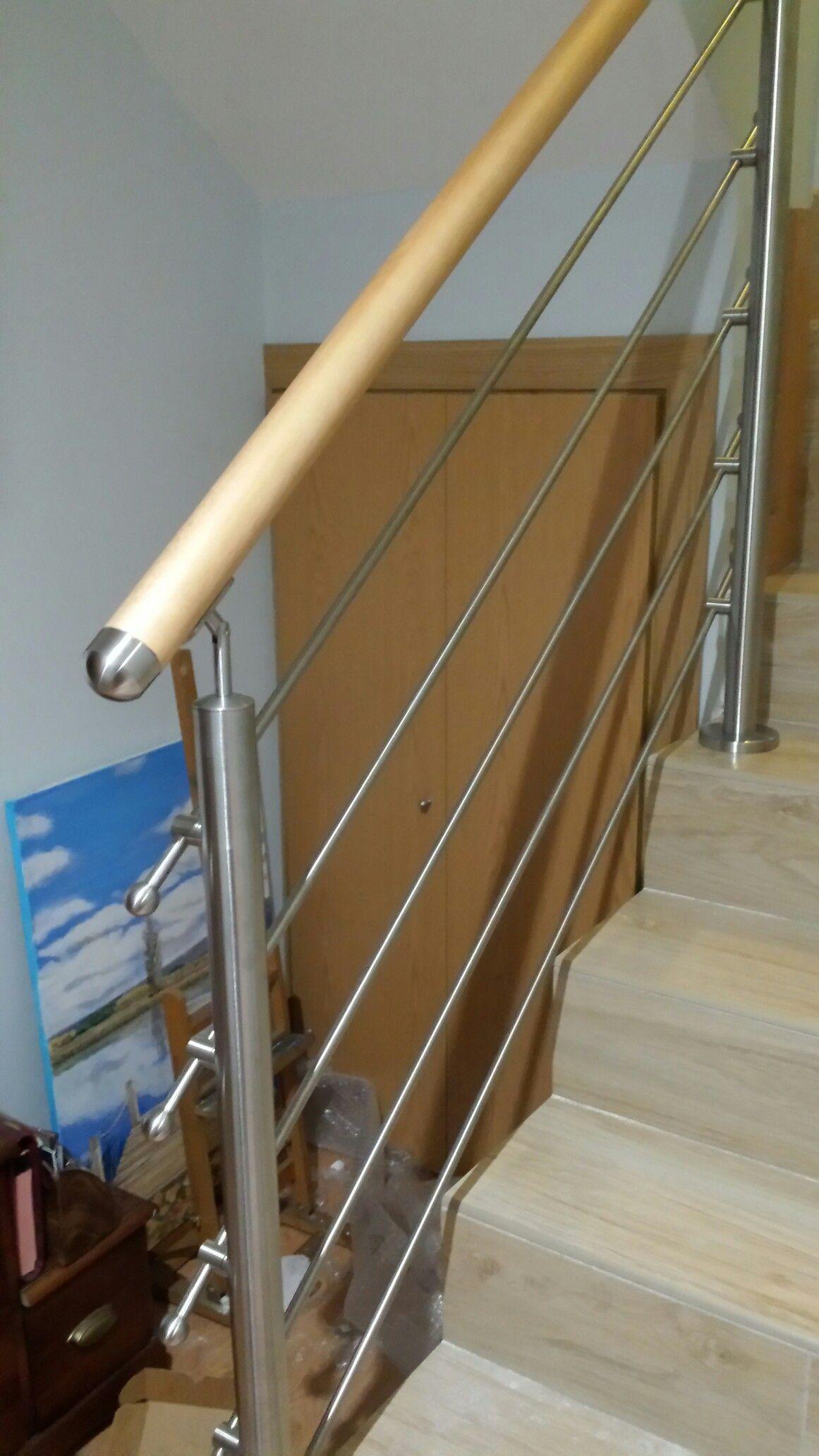 barandilla en acero inoxidable con pasamanos de madera | puertas ...