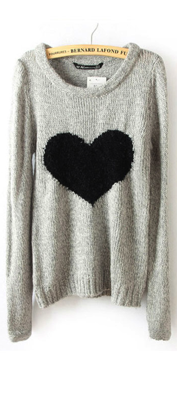 Heart sweater. I should have one of these <3