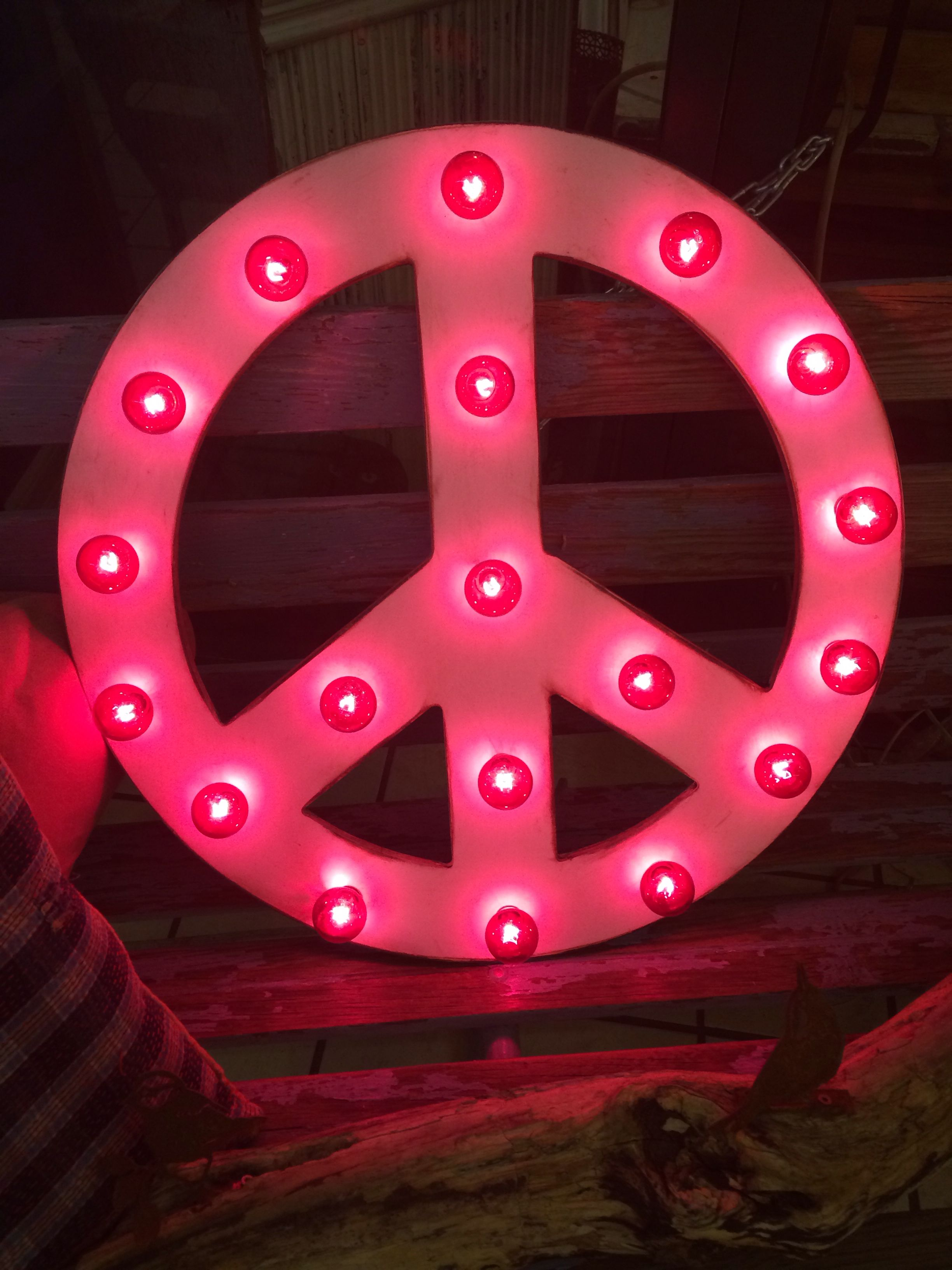 Fabulous Light Up Peace Sign Marquee Signs Vintage Inspired
