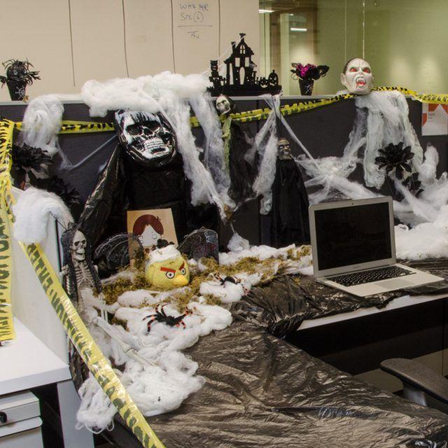 amusing halloween office decoration theme ideas | Desk Decorating: Halloween Edition in 2019 | Halloween ...