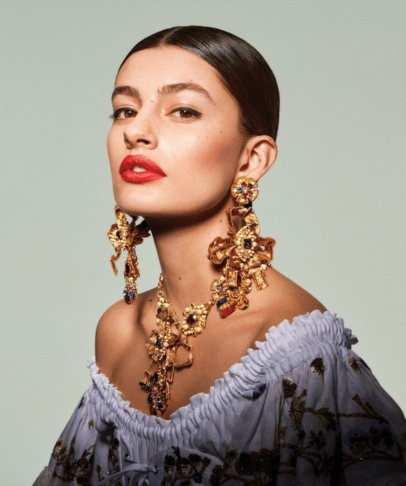 Photo of EDITORIAL: & # 39; Power Circles & # 39; – Vogue US April 2019 – Who wore which …