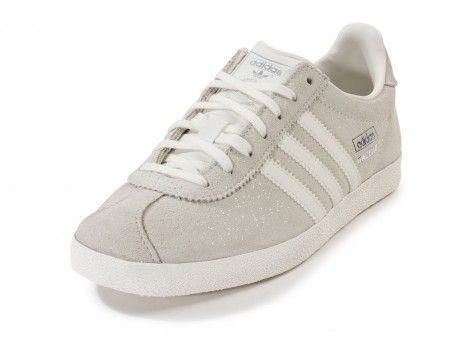 gazelle adidas femme beige chaussures de. Black Bedroom Furniture Sets. Home Design Ideas