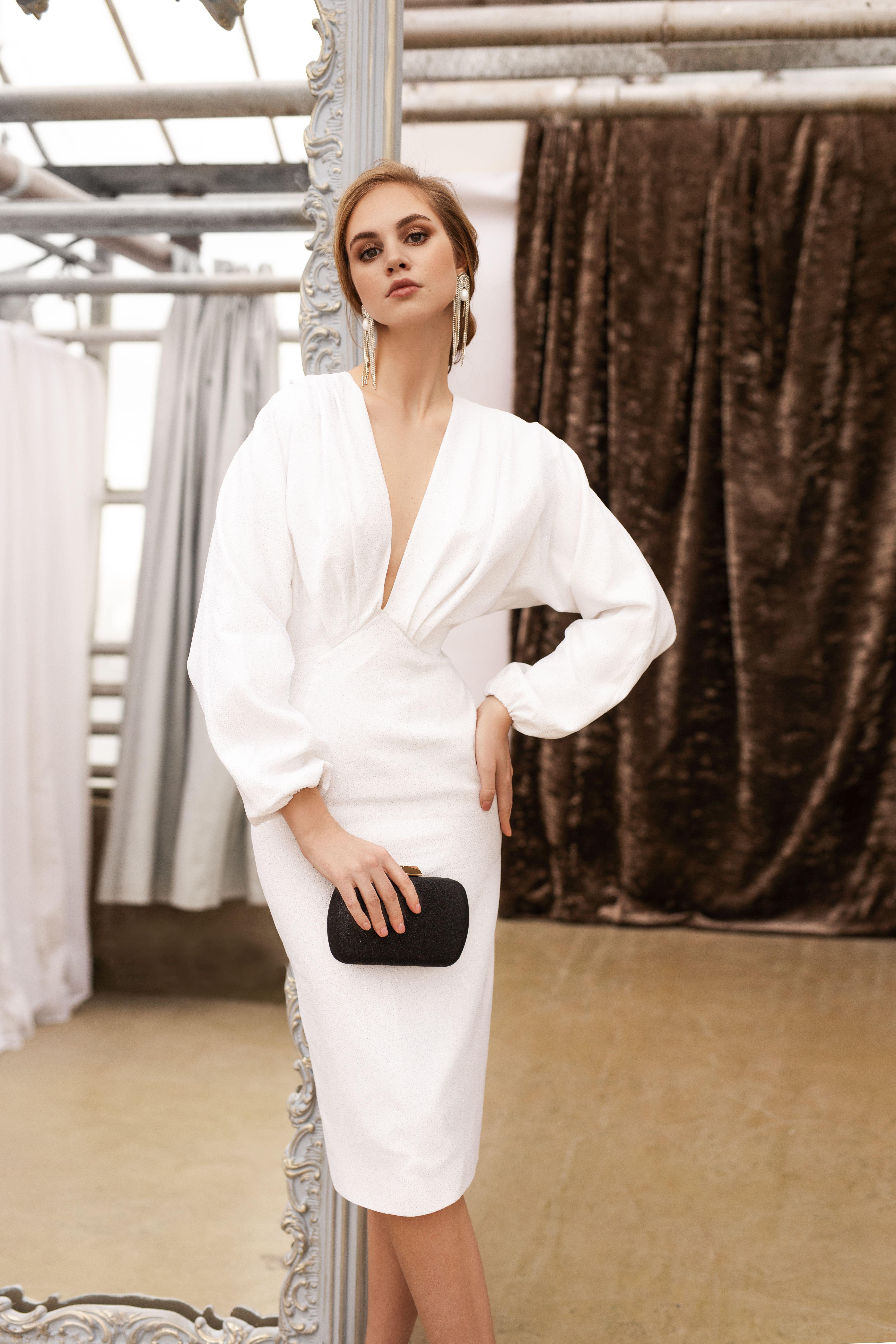 White Sheath Dress Midi Pencil Skirt Wedding Dress Minimalist Simple Bridal Gown V Neck Reception Dress Etsy Wedding Dress Dream Dress Wedding Dress Couture [ 6874 x 4583 Pixel ]