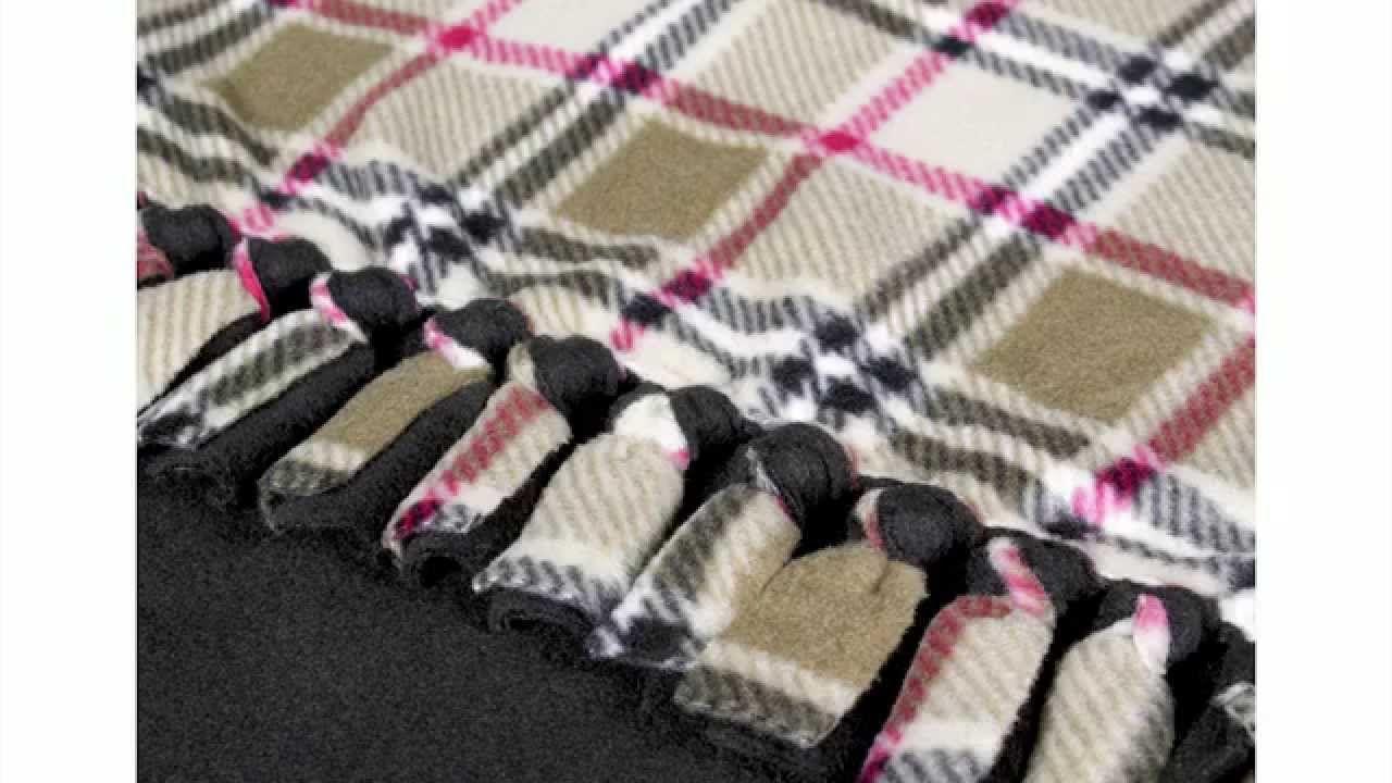 DIY No Sew Fleece Blanket Tutorial No sew fleece blanket