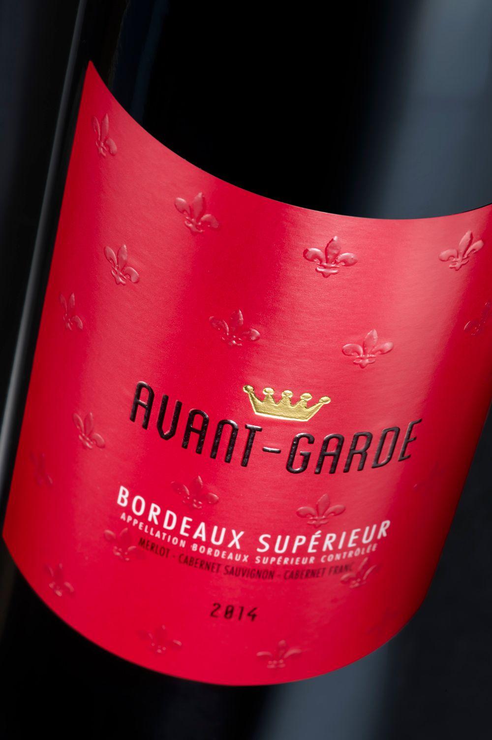 Vins De Bordeaux Avant Garde Roche D Arjac Val D Orbieu Vinadeis Packaging Design By Lineadesigners Vins Et Spiritueux Bouteille De Vin Packaging