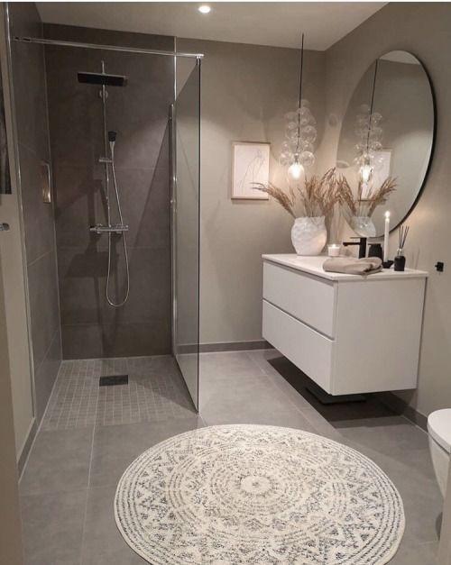 5th Day Of Blogmas How To Get Your Bathroom Ready For Christmas In 2020 House Interior Gorgeous Bathroom Bathroom Decor