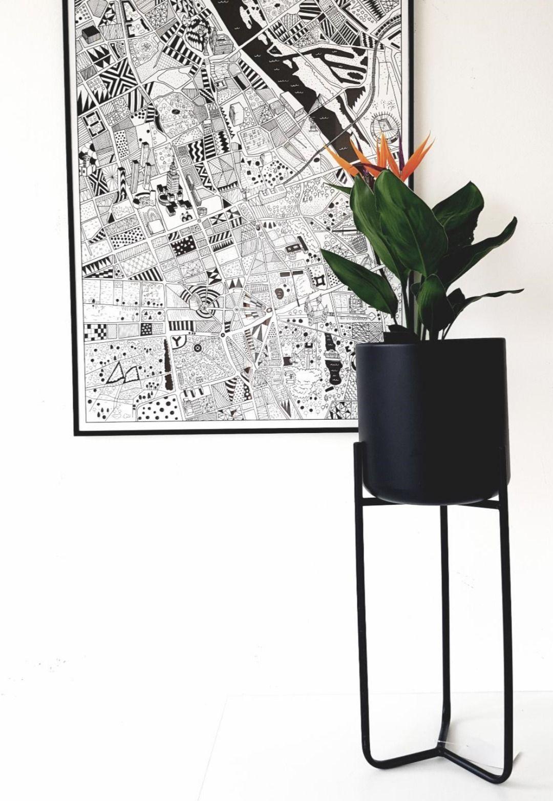 Czarny Stojak Na Rosliny Doniczkowe Design Side Table Decor