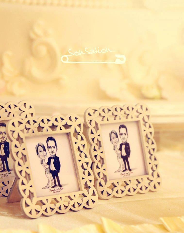 Wedding Favors` Caricature Frames | wedding favors | Pinterest ...