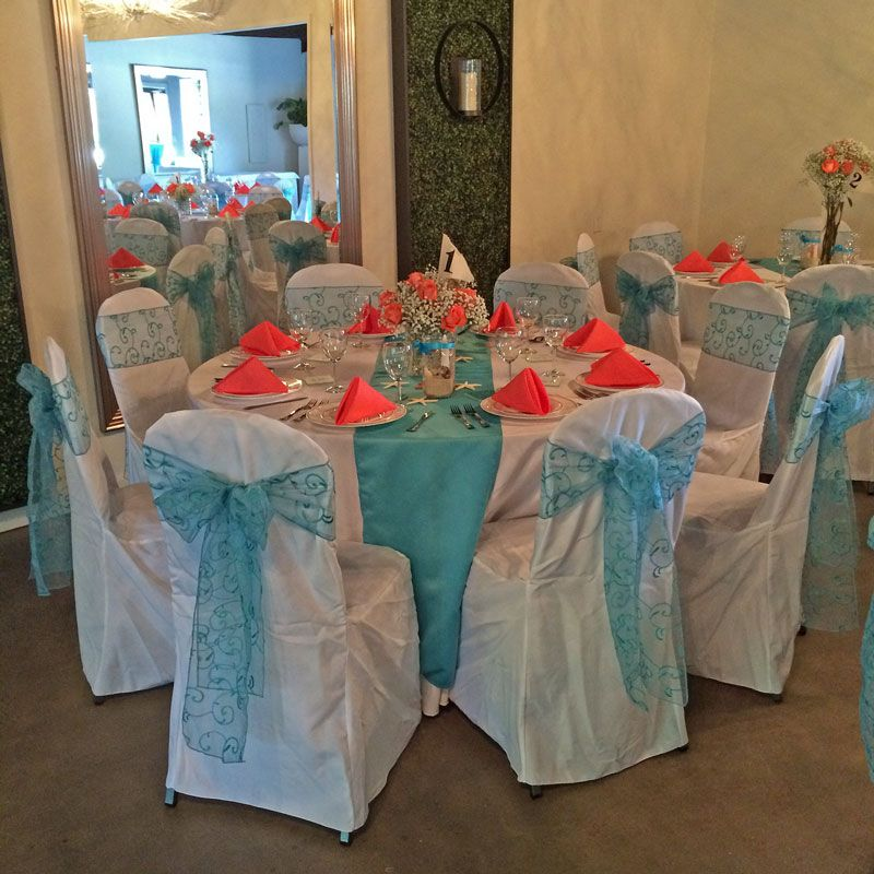 Pensacola courtyard wedding with turquoise and coral decorations #turquoisecoralweddings