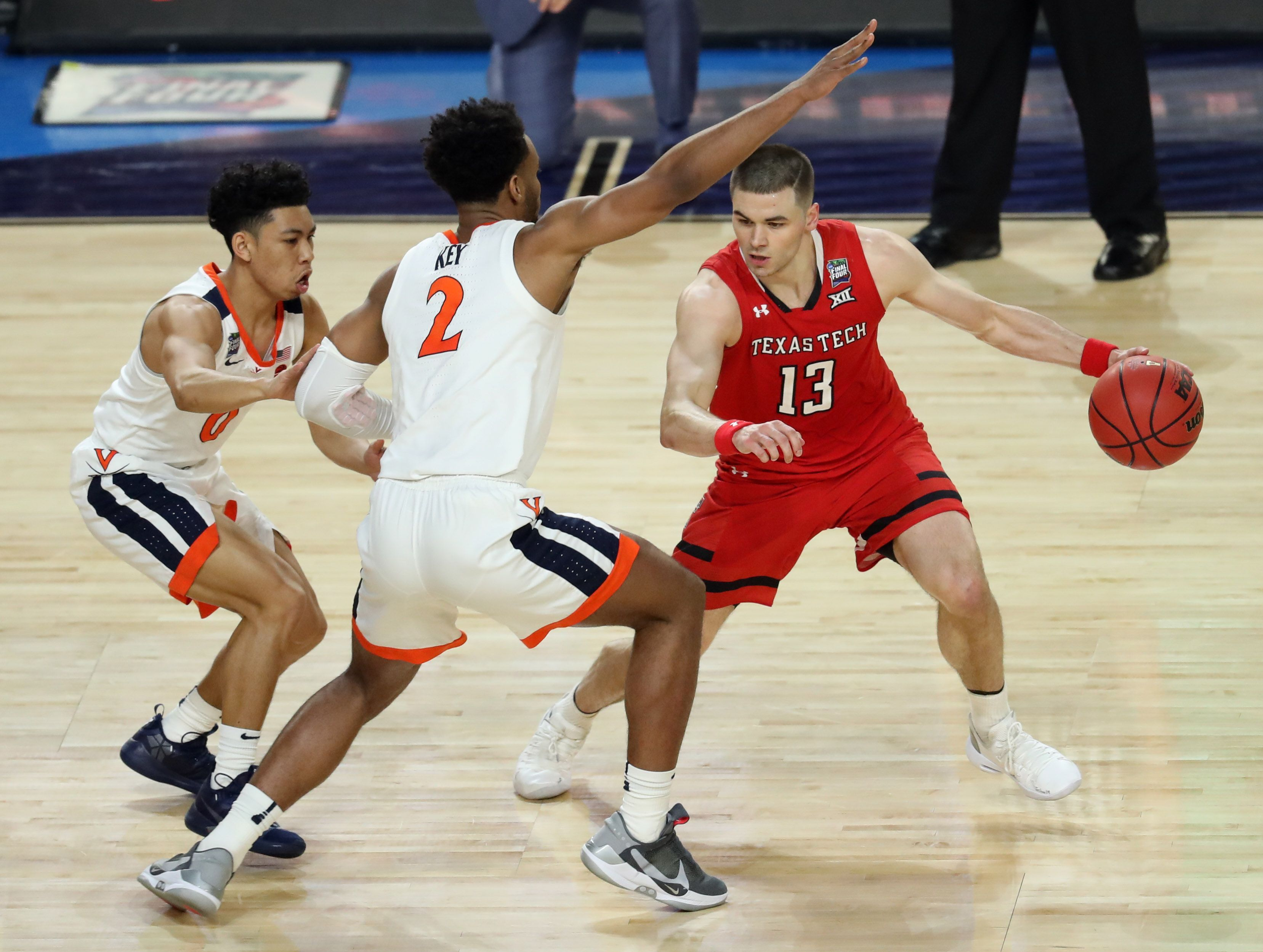 Live Virginia has lead on Texas Tech in second half of