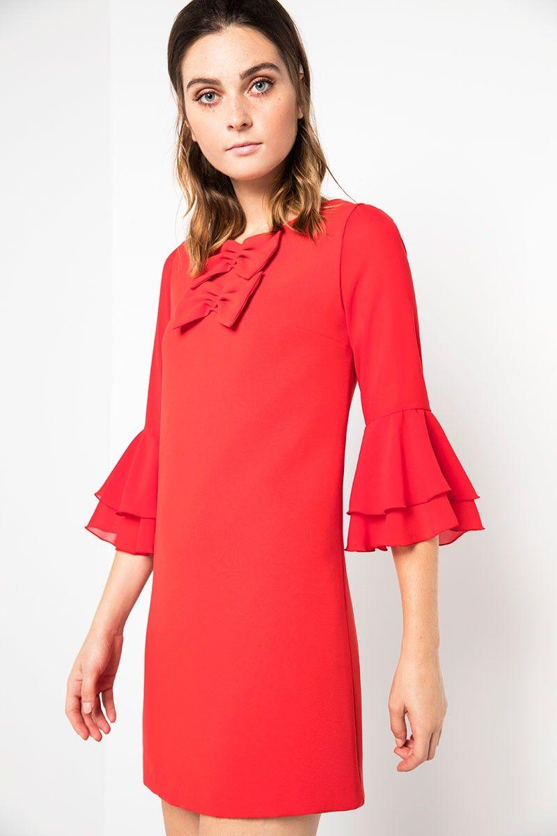 fdc577742 vestido corto en color rojo realizado en crep con mangas de gasa con doble  volante para deslumbrar invitada de fiesta boda bautizo comunion evento ...