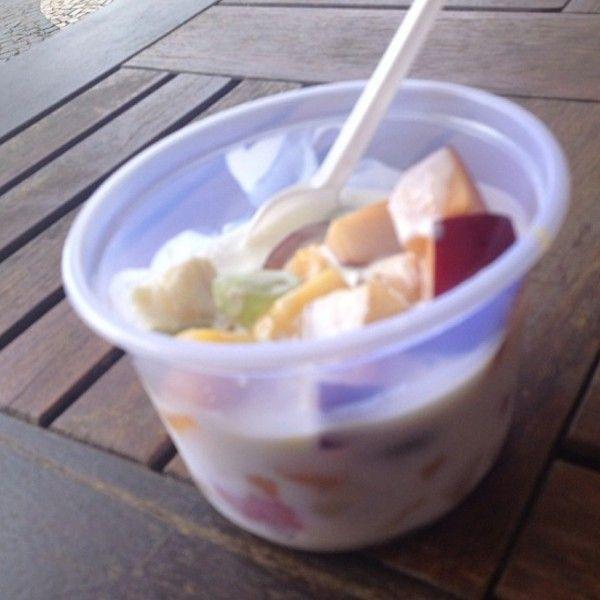 snacks dieta lanches vida saudavel blog da mimis Já a @projetomulhermaravilha foi de salada de frutas e iogurte.