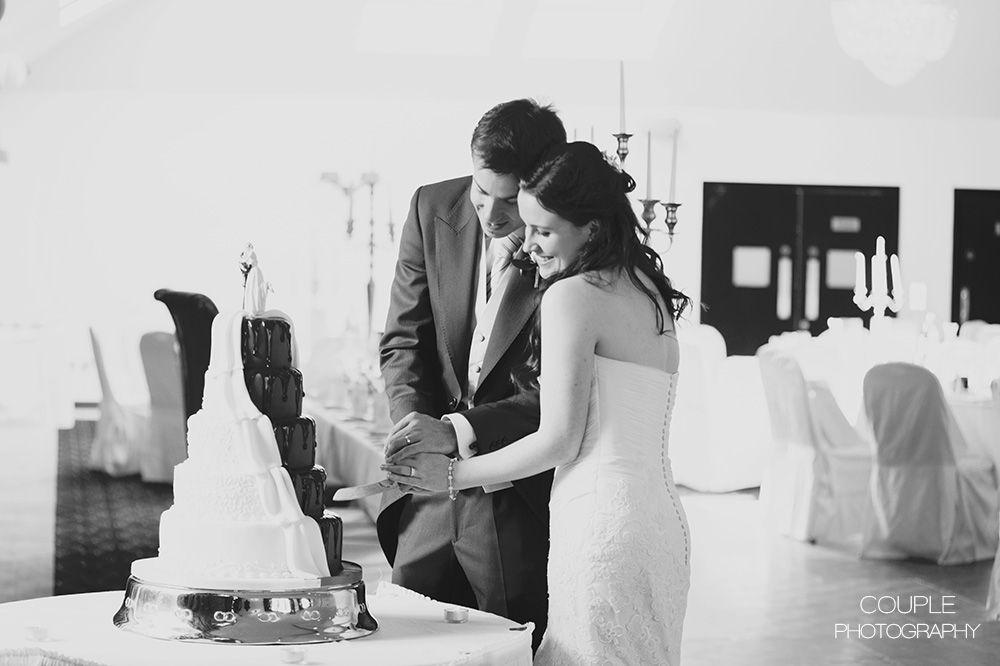 http://www.couple.ie/2014/09/siobhan-darren-tulfarris-hotel-golf-resort/