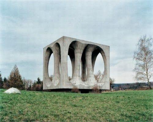 brutalisme+23.jpg (500×399)