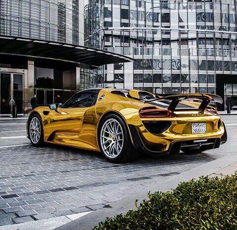 Pin de Benjamin Felipe em The Luxurios Lifestyle   Carros de luxo, Porsche, Carros
