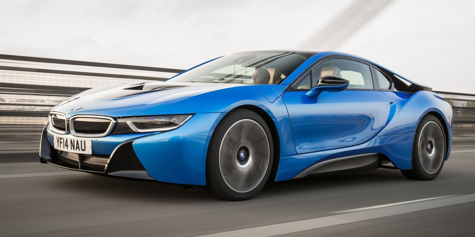 The 2023 BMW i8 Will Be All-Electric With 750HP, Says a Wild Rumor