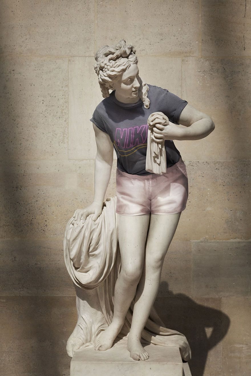 Awesome Statues With Clothes