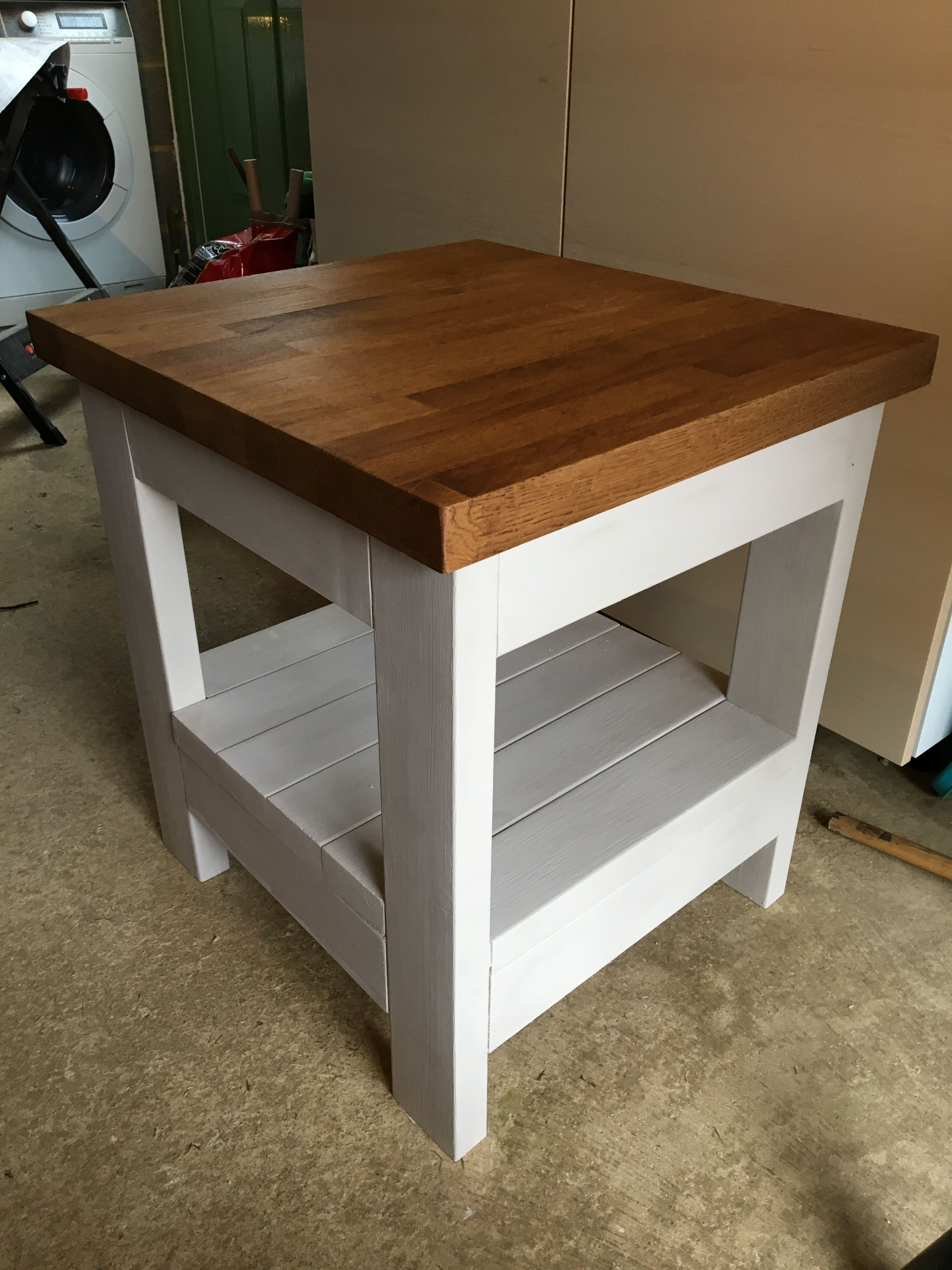 Do It Yourself Home Design: Painted Tryde End Table With Shelf