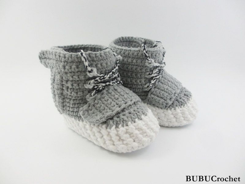 bd6cc6c92e87a Crochet baby sneakers